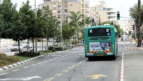 נתיבי תחבורה ציבורית אוטובוס, נחום סגל