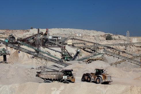 מחצבה מודיעים תעשיות אבן ו סיד שוהם, צילום: אוראל כהן