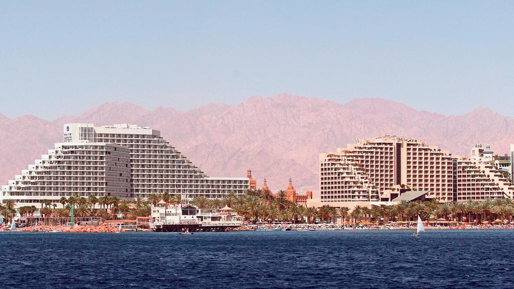 בתי מלון במפרץ אילת, צילום: רונן טופלברג