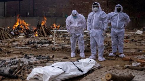 מתחם לשריפת גופות בהודו, רויטרס