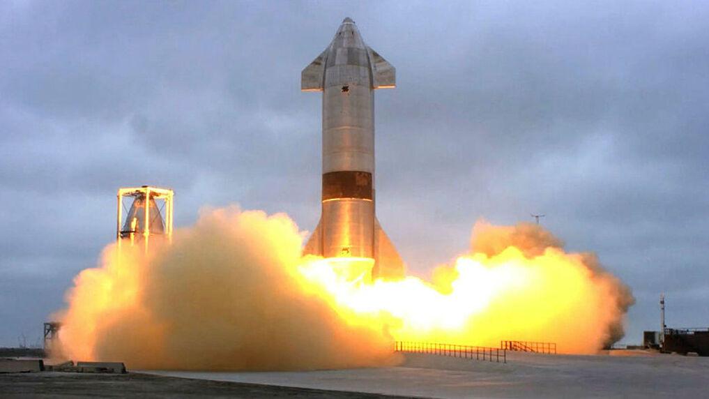 שיגור מוצלח של חללית spacex