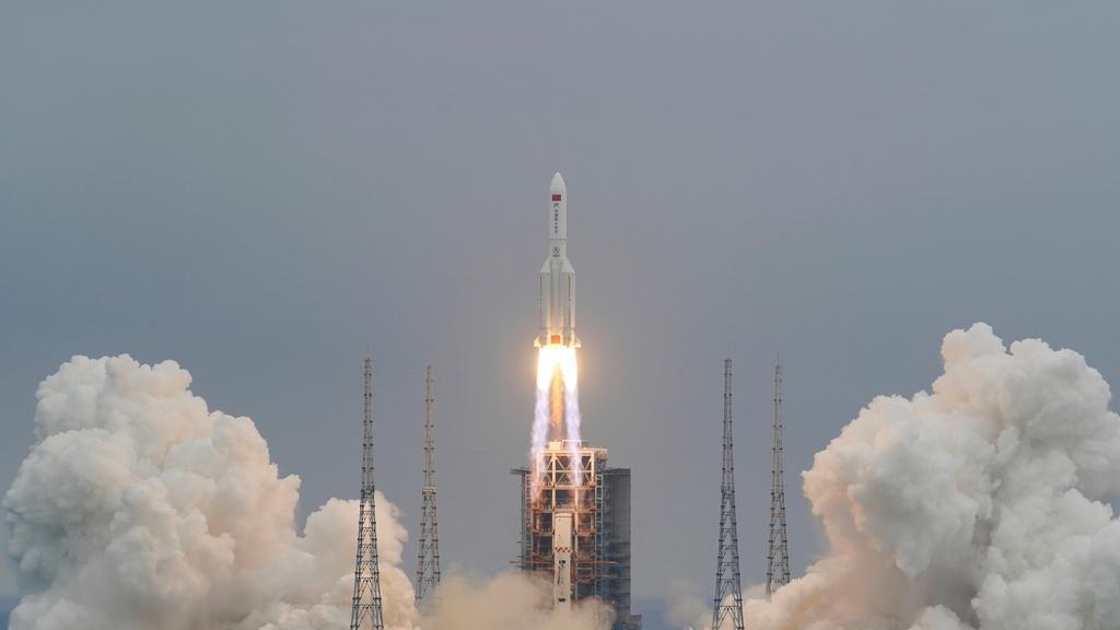 רקטה סינית לונג מארץ 5B יצאה משליטה צפויה להתרסק 1