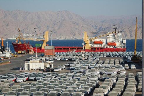 מכוניות חדשות בנמל אילת, צילום: יוסי דוס סנטוס