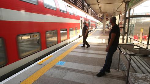 תחנת רכבת בבנימינה, צילום: אלעד גרשגורן