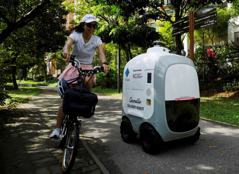 פוטו רובוטים משלוח סינגפור
