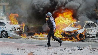 רכבים עולים באש ב אשקלון מטילים מעזה