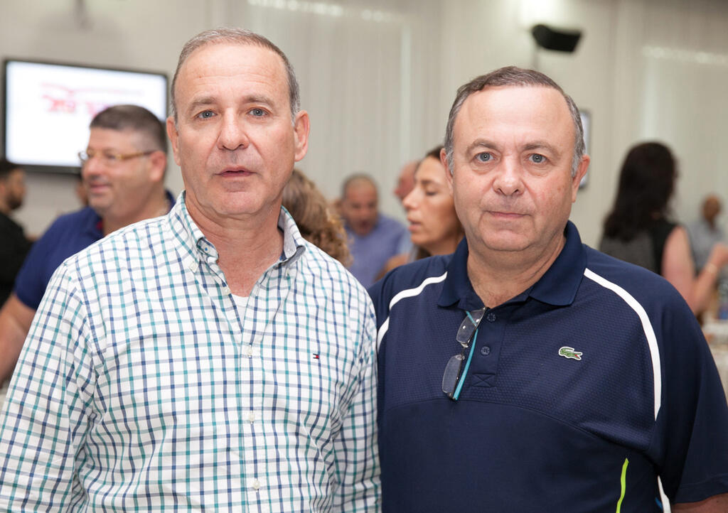 מימין צבי ויליגר ו יוסי ויליגר לשעבר מייסדי חברת ה מזון ויליפוד חדש