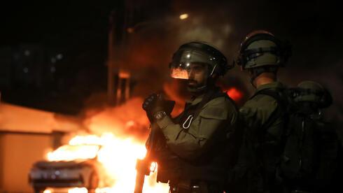 """מה אפשר ללמוד מארה""""ב על היום שאחרי המהומות בארץ"""