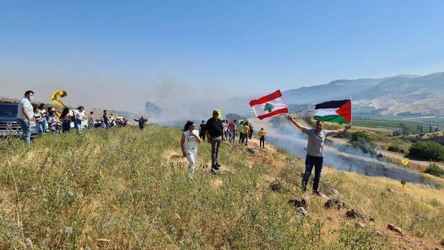 לבנונים מפגינים בגבול ליד מטולה