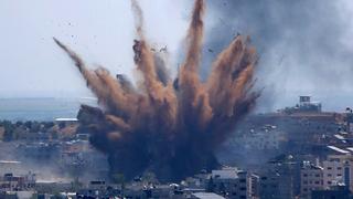 """תקיפה של צה""""ל ברצועה, צילום: איי פי"""