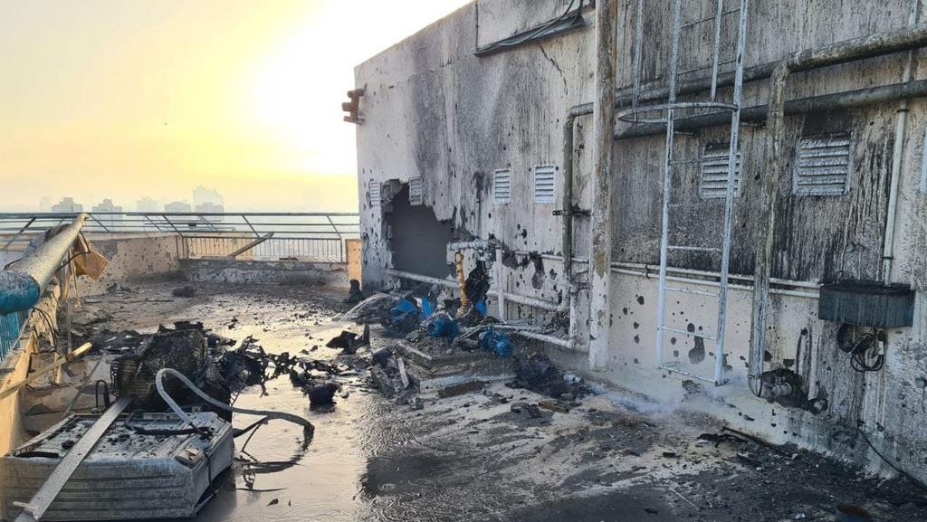 נפילה של רקטה רקטות טיל טילים ב באר שבע מבצע שומר החומות