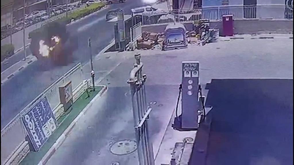 פיצוץ בנתיבות תחנת דלק, מבצע שומר החומות
