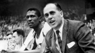 סנטר בוסטון סלטיקס ביל ראסל והמאמן רד אאורבך על הספסל, Jack O'Connell