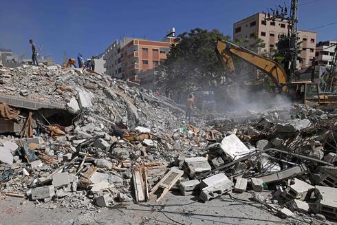 הריסות בניינים בעזה, AFP