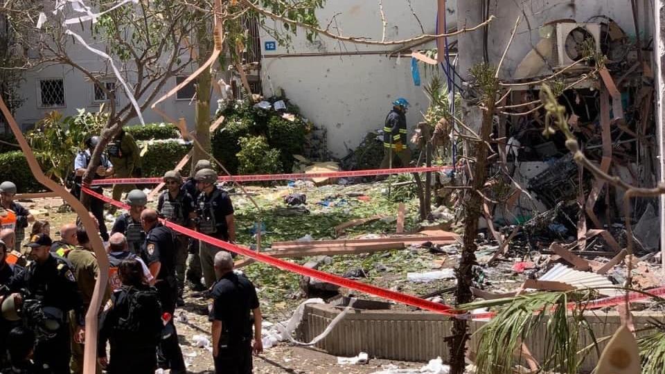 פגיעה בבית באשדוד פינוי פצועה באשדוד