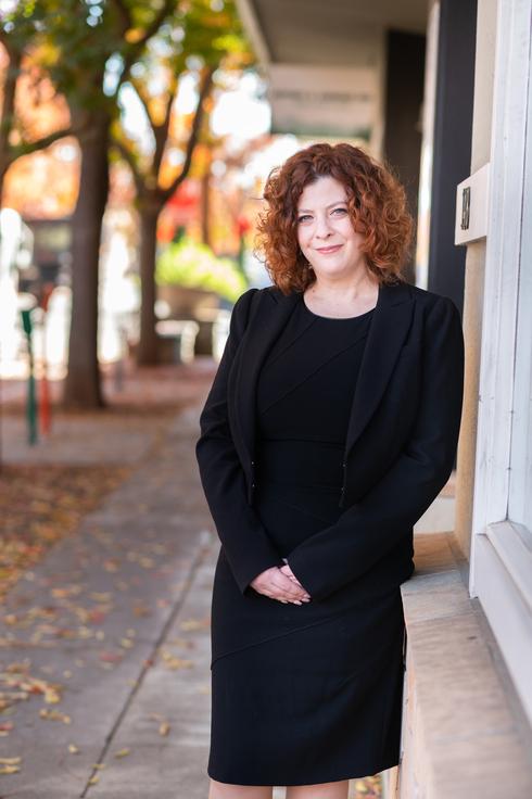 "מירב אורן, מייסדת שותפה ומנכ""לית Verstile כנס נדל""ן"