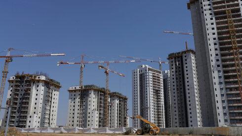 ציון נכשל להסכמי הגג: המדינה שופכת עשרות מיליארדים, אך אין מענה לצורכי הדיור עד 2040