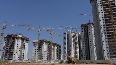 בנייה למגורים , עמית שעל