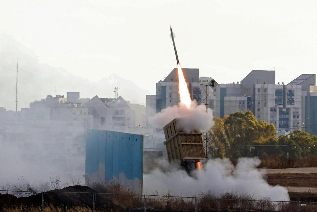 מערכת כיפת ברזל של רפאל משגרת טיל ליירוט רקטות במבצע שומר החומות