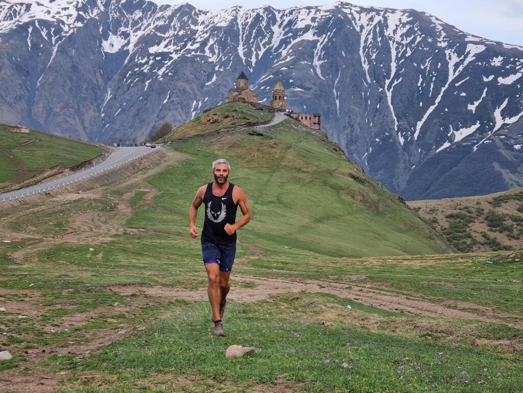 ריצה בקווקז: רק אנחנו מול הרי הפרא