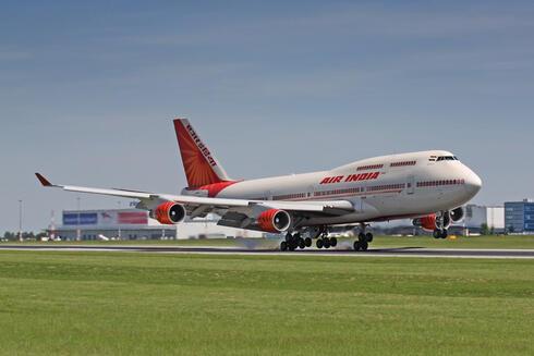 חברת התעופה אייר אינדיה, שאטרסטוק