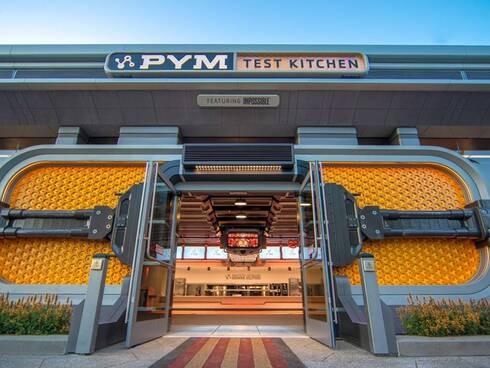 """מסעדת Pym Test Kitchen, מתחם """"הנוקמים"""" החדש בדיסנילנד, קליפורניה, Disneyland Resort"""