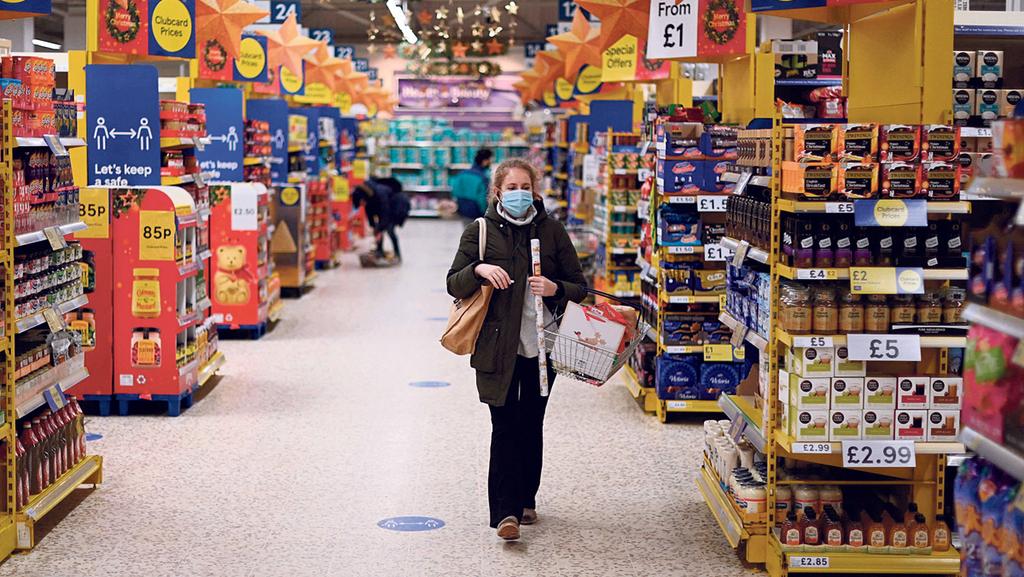 """יו""""ר ה-OECD: """"התפרצויות קורונה חדשות מהוות סכנה להתאוששות הכלכלה בעולם"""""""