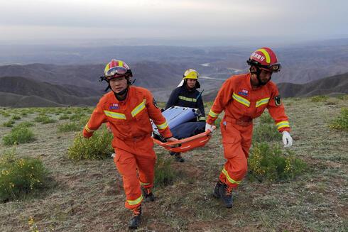 חילוץ הספורטאים, צילום: אי אף פי
