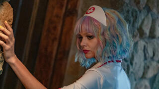 קארי מולגן בתור הגיבורה קאסי, צילום: Universal Pictures International Switzerland