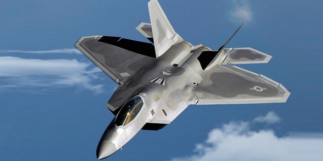 הקברניט חמקן F22 מטוס קרב