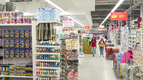 התחזקות חנויות הסטוק משנה את מפת הקניונים