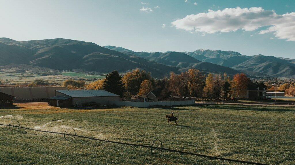 רוברט רדפורד מוכר Horse Whisper Ranch יוטה