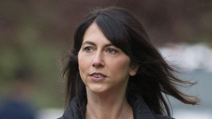 מקנזי סקוט, גרושתו של בזוס, תרמה עוד 2.7 מיליארד דולר לקרנות צדקה
