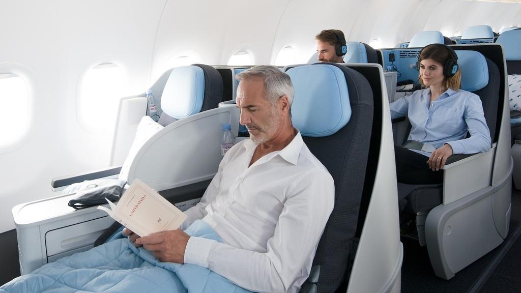 חברת תעופה LA COMPAGNIE לה קומפני מחלקת עסקים
