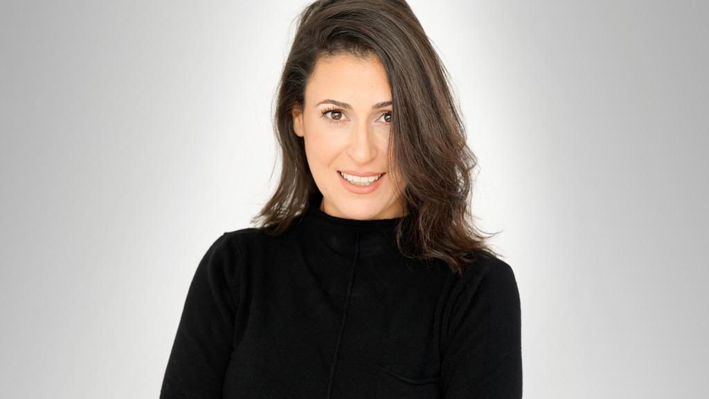 """מעין שריג  סמנכ""""לית תקשורת ומנהלת תחום קהילות בפייסבוק ישראל"""