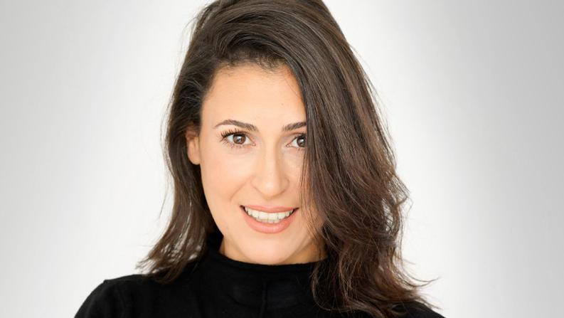 """מעין שריג, סמנכ""""לית תקשורת ומנהלת תחום קהילות בפייסבוק ישראל, צילום: פזית עוז"""