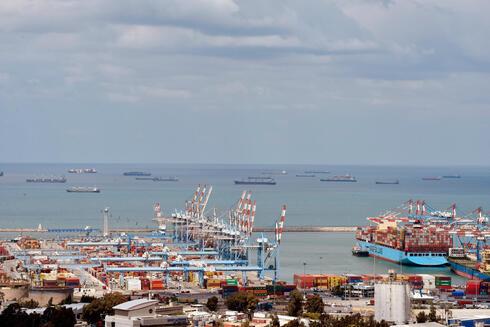החברה הסינית שתפעיל את נמל המפרץ, רוצה להפעיל רציפי מטען בחיפה