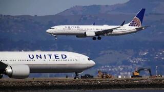 חברת תעופה יונייטד איירליינס בואינג 737 נמל תעופה סן פרנסיסקו