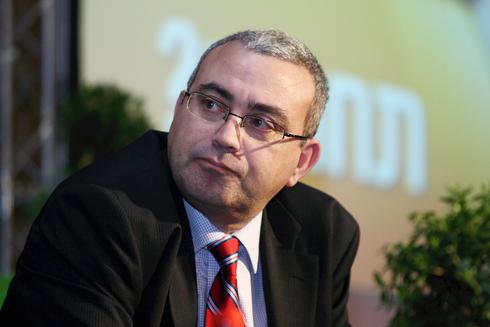 """היו""""ר המתפטר חיים אלמוזנינו, צילום: עמית שעל"""