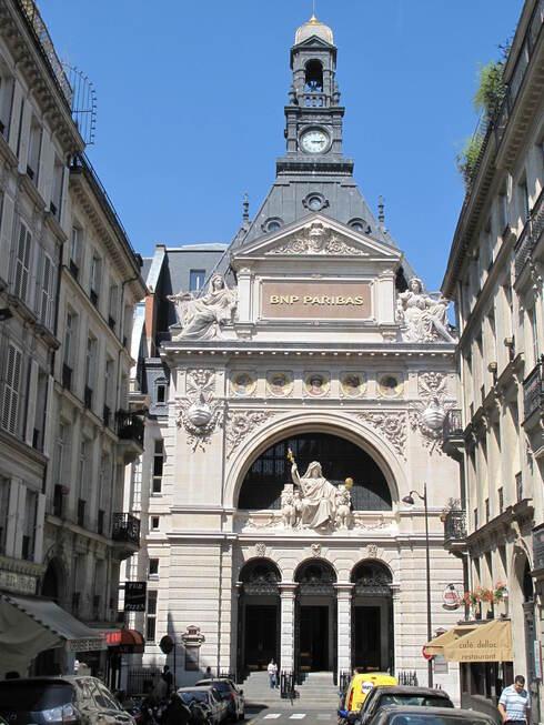 מטה בנק BNP Paribas בפריז, Tangopaso, ויקיפדיה