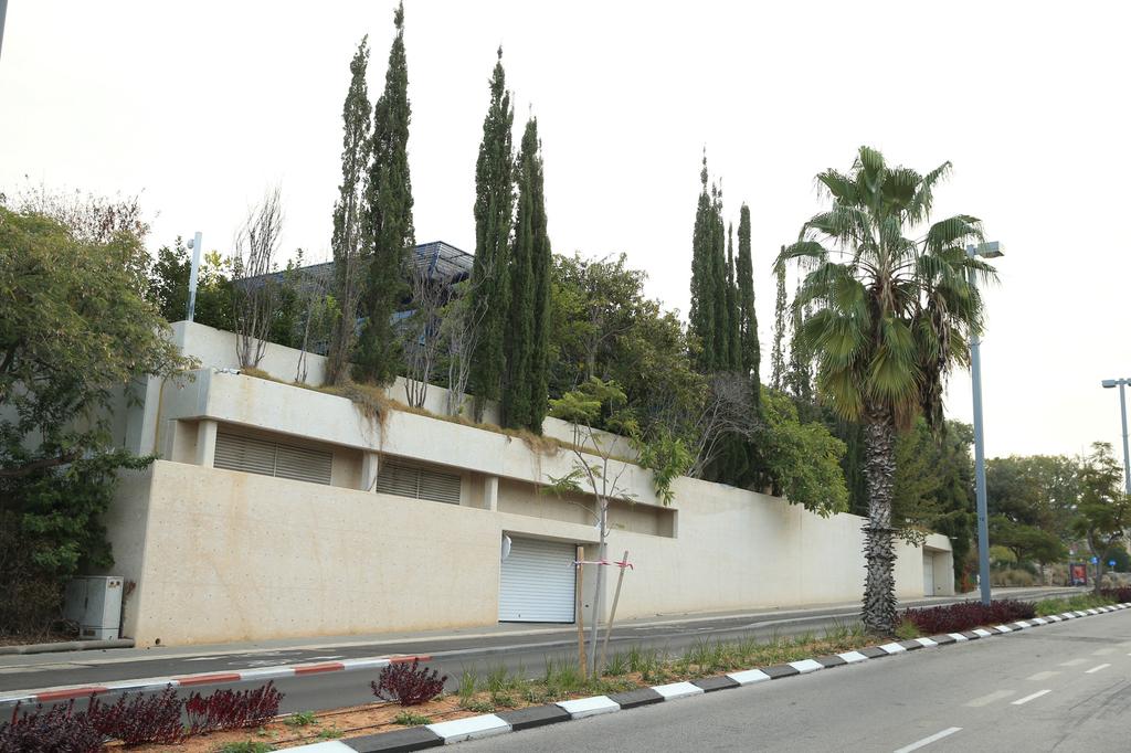 ה בית של גיל שוויד מנכל צק פוינט ב תל אביב