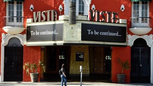 בית הקולנוע ויסטה בשדרת סאנסט בלוס אנג