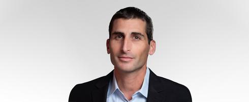 """גלעד תירוש, סמנכ""""ל הסחר בדואר ישראל, צילום: רמי זרנגר"""