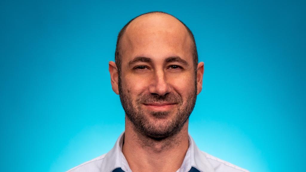 """ניר קרן סמנכ""""ל טכנולוגיה ומנהל המרכז ברעננה Zoominfo"""