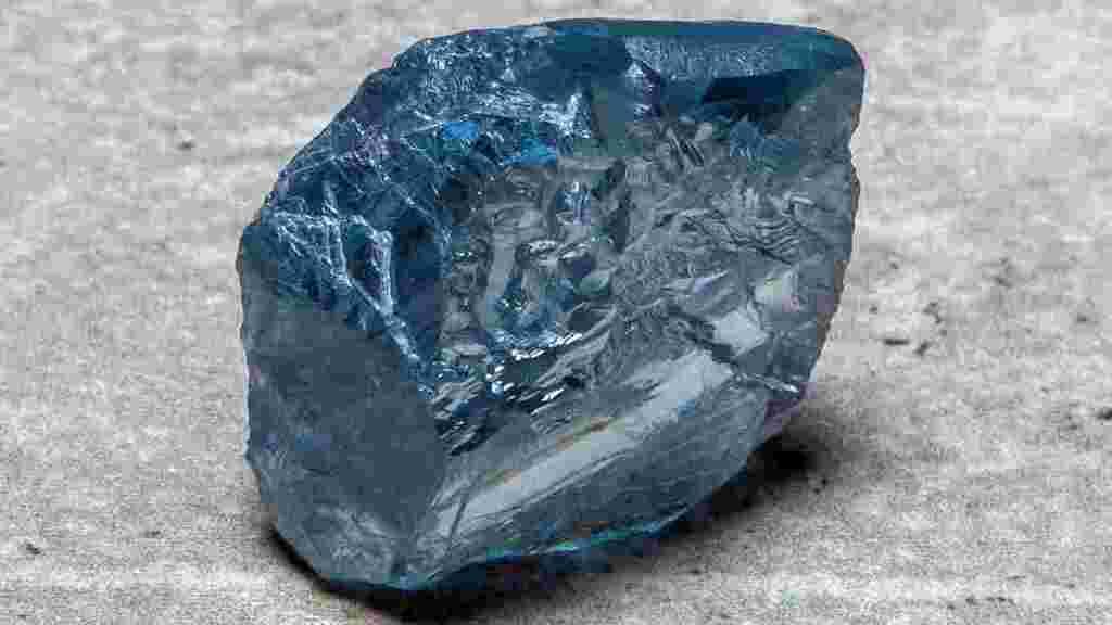 יהלום גולמי כחול נמכר למיזם של משפחת שטיינמץ - ביותר מ-40 מיליון דולר