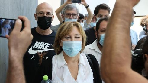 פאינה קירשנבאום אחרי גזר הדין, צילום: מוטי קמחי