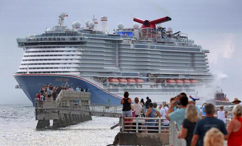 ספינה חדשה של קרניבל קרוז מרדי גרא בחודש שעבר בפורט קנברל חדש, צילום: אי.פי.