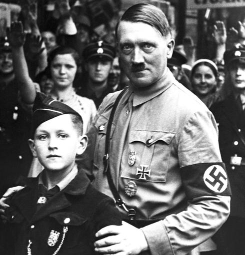 אנושיות? מה פתאום. היטלר וילד מתנועת הנוער ההיטלראי , צילום: גטי אימג