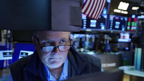 """וול סטריט ננעלה בירידות ב""""יום הכישוף המרובע"""": נאסד""""ק איבד 0.9%"""