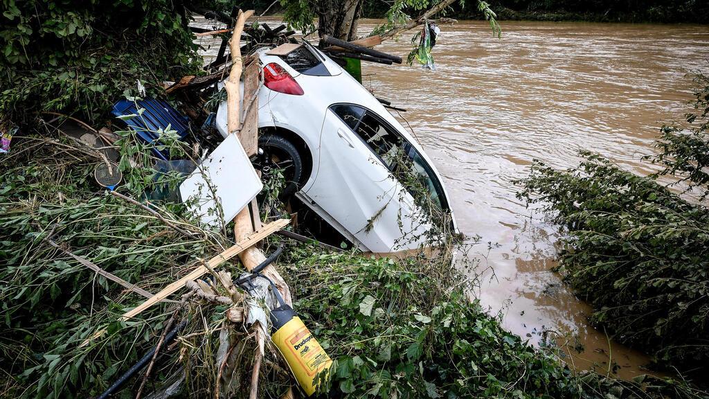 גרמניה: השיטפונות פגעו בלב הכלכלי של המדינה